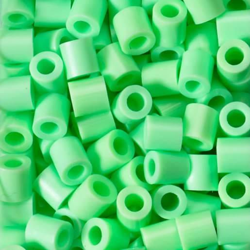 lys grønn