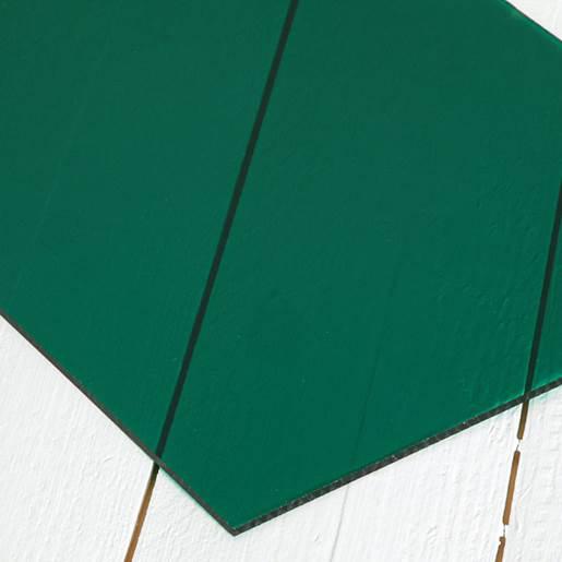 transparent grønn