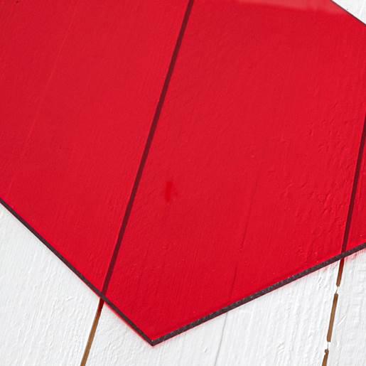 transparent rød